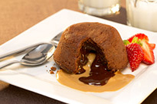 Peanut Butter-Chocolate Molten Cakes