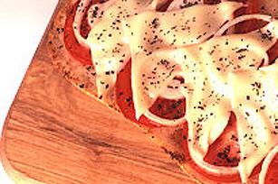 Pain au fromage, aux tomates et aux herbes Image 1