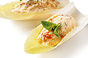 Feuilles d'endive farcies au poivron rouge grillé Image 1