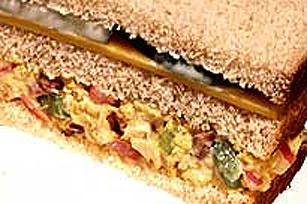 Sandwich club waldorf au thon Image 1