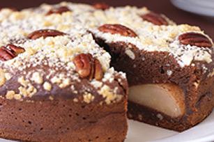Gâteau garni aux poires Belle-Hélène