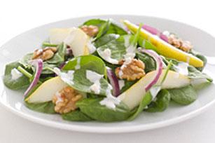 Salade d'épinards crémeuse aux poires et aux graines de pavot