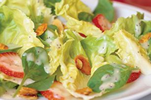 Salade aux fraises et aux amandes Image 1