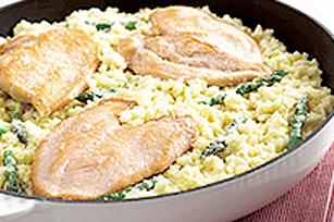 Risotto au poulet et aux asperges en 15 minutes