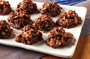 Easy Chocolate Macaroons Image 1