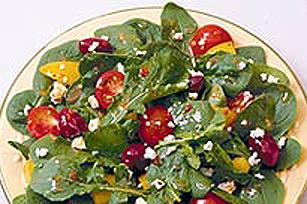 Salade d'épinards et de poivrons rouges grillés avec féta Image 1