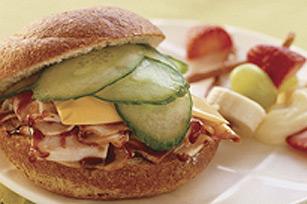 Sandwich éclair à la dinde barbecue et au fromage Image 1
