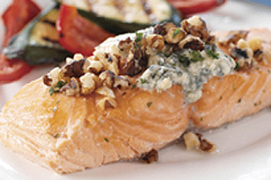Beer Salmon on the Barbecue with Blue Cheese
