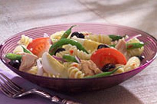 Cool Summer Pasta Niçoise