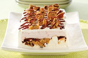 Dessert à la crème glacée et aux biscuits aux pépites de chocolat