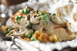 Souper de poulet crémeux et de champignons en papillote