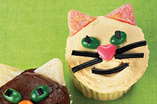 Peanut Butter Cat Cupcakes Image 1