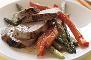 Porc glacé à l'érable avec légumes grillés