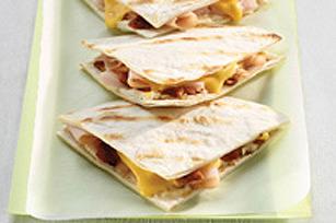 Sandwichs clubs quesadillas grillés à la dinde