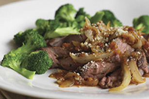 Garlic Steak & Onions Image 1