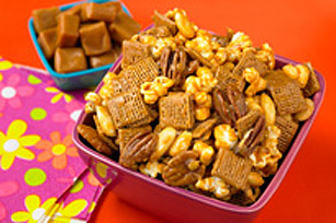 Caramel, Popcorn and Nut Crunch Image 1