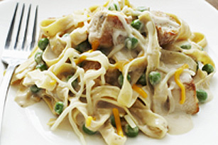 Creamy Chicken and Peas Noodle Toss