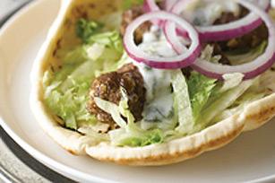 Kebabs libanais avec sauce au concombre