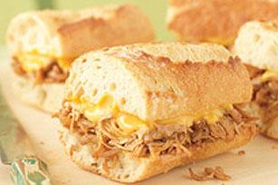 Sandwichs au poulet déchiqueté