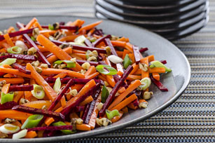 Salade de carottes, de betteraves et de noix