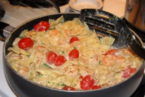 Creamy Tomato-Basil Pasta with Shrimp Image 2