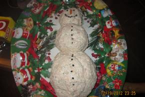 Snowman Cheese Ball Image 2