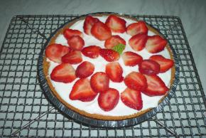 PHILADELPHIA New York-Style Sour Cream-Topped Cheesecake Image 3