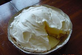 Triple-Layer Lemon Pie Image 2