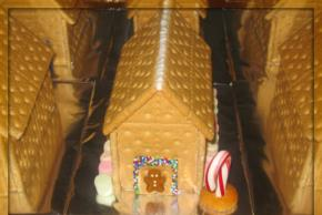 Gingerbread Holiday House Image 3