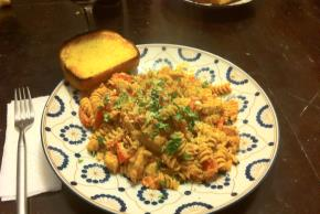 Rotini & Spicy Chicken in Creamy Tomato Sauce Image 2
