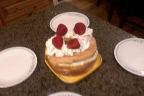 Strawberry & Cream Angel Cake Image 2