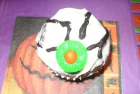 """Eyeball"" Cupcakes Image 3"