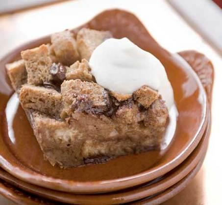 slow-cooker-kahlua-bread-pudding-485236 Image 1
