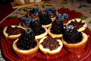 Paula Deen's Easy Cheesecake Cupcakes Image 2