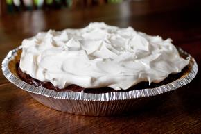 Your Favorite Double-Layer No-Bake Pudding Pie Image 2