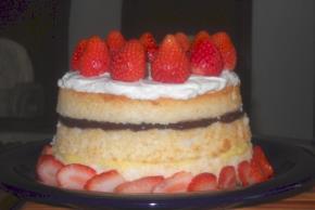 neapolitan-tower-cake-108193 Image 1