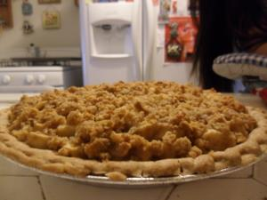 Apple-Pear Crumble Pie Image 2