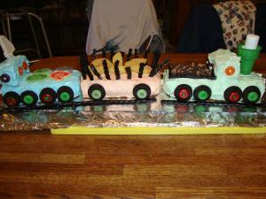 Birthday Train Cake Image 2