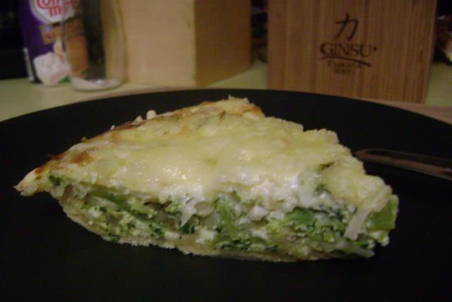 lizs-easy-broccoli-quiche-485624 Image 1
