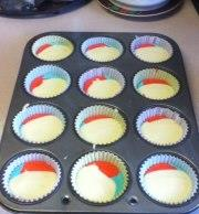 tie-dye-fruity-cupcakes-132787 Image 1