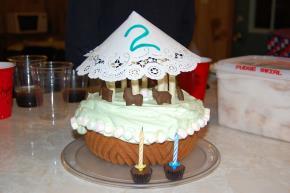 Merry-Go-Round Cake Image 2