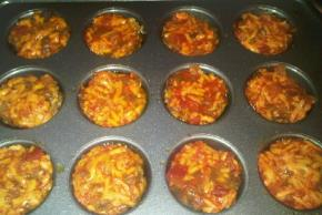 Cheesy Salsa-Mini Meatloaves Image 2