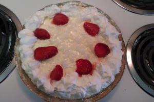 Strawberry-Pina Colada Pie Image 2