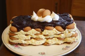 Eggnog Eclair Dessert Image 3