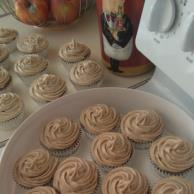 Pumpkin Cupcakes with Cinnamon-Cream Cheese Frosting Image 2