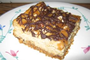Double Caramel-Pecan Cheesecake Bars Image 2