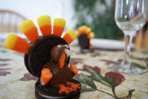 Chocolate Cookie Turkeys Image 3