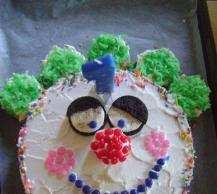 Birthday Clown Cake Image 2