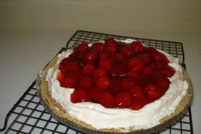 No-Bake Chocolate-Cherry Cheesecake Image 2