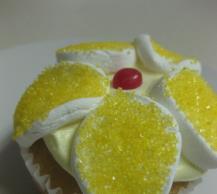 Springtime Poke Cupcakes Image 2